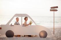 Идея для фотокабины на свадьбу